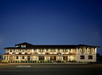 Photo of Daddy O Hotel and Restaurant Long Beach
