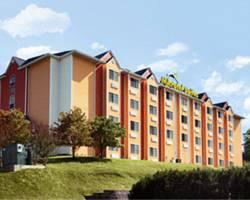 Photo of Microtel Suites Pigeon Forge Music Road