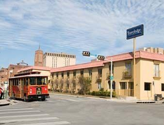 Photo of Travelodge San Antonio Alamo