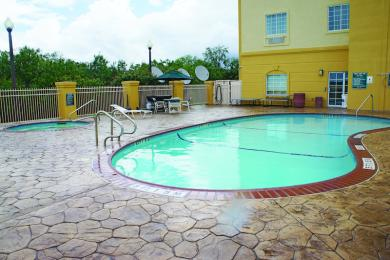 Photo of La Quinta Inn & Suites Corpus Christi Northwest