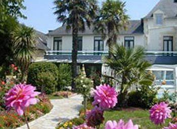 Photo of Les 13 Assiettes Hotel Le Val-Saint-Pere