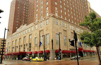 Photo of Hilton Milwaukee City Center