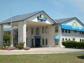 Photo of Days Inn San Antonio