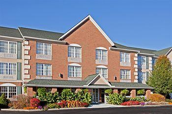 Photo of Country Inn & Suites By Carlson, Macedonia