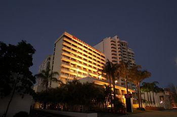 ‪Crowne Plaza Perth‬