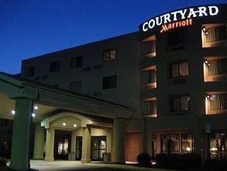 ‪Courtyard by Marriott Potomac Mills‬