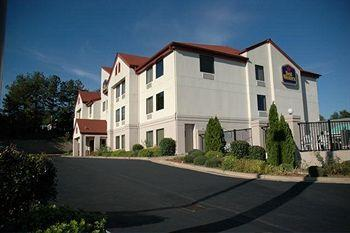 ‪BEST WESTERN Commerce Inn‬