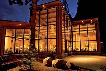 Yosemite Lodge At T