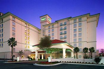 La Quinta Inn & Suites San Antonio Airport