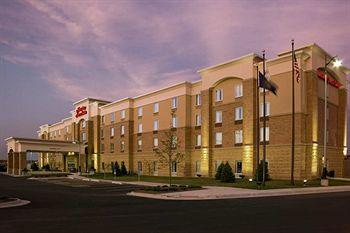 ‪Hampton Inn & Suites Omaha Southwest - La Vista‬