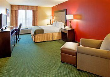 ‪Holiday Inn Express Hotel & Suites Norfolk‬