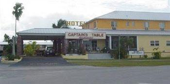 The Captain's Table Lodge & Villas