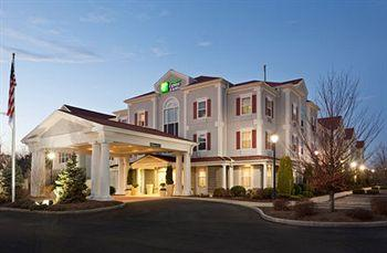 Photo of Holiday Inn Express Amherst-Hadley