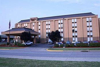 Hampton Inn Charleston - Downtown