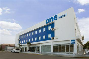 Photo of Hotel ONE Playa del Carmen Centro