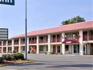 ‪Knights Inn Oswego East‬