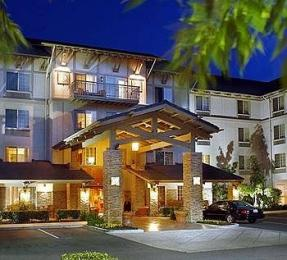 Larkspur Landing Bellevue- An All-Suite Hotel