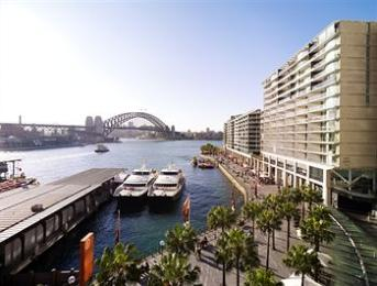 ‪Pullman Quay Grand Sydney Harbour‬