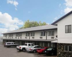 Harlan Inn & Suites