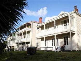 Photo of Verandahs Backpackers Lodge Auckland