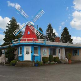 Photo of Windmill Inn Lynden