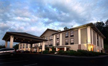 ‪BEST WESTERN PLUS Blue Ridge Plaza‬