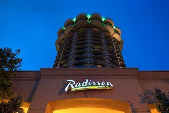 Radisson Hotel Cincinnati Riverfront