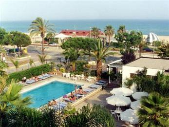 Photo of H Top Planamar Hotel Malgrat de Mar