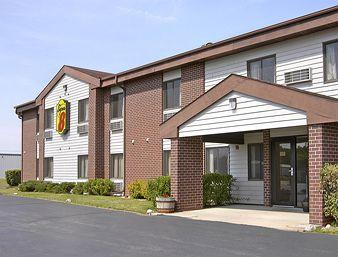 ‪Saukville/Port Washington Super 8 Motel‬
