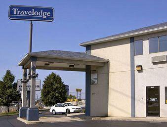 Photo of St. Louis Travelodge Berkeley