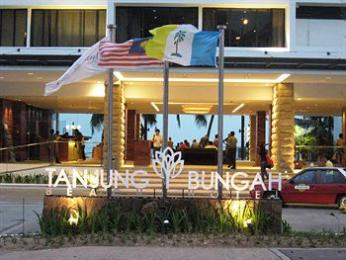 Tanjung Bungah Beach Hotel