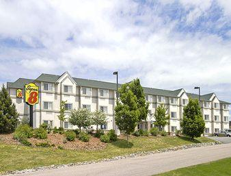 Microtel Parker Co
