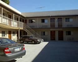 Golden West Manor Motel
