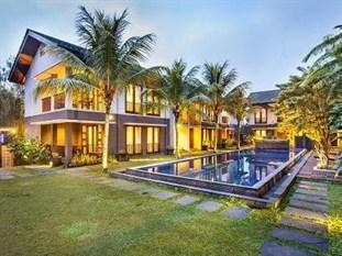 Summer Hill Private Villas Hotel & Conference