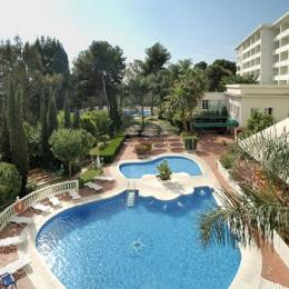 Photo of Hotel & Apartamentos ROC El Pinar Torremolinos