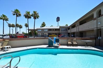 Photo of BEST WESTERN PLUS Kettleman City Inn & Suites