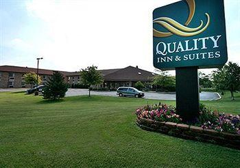 Quality Inn & Suites Sun Prairie