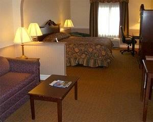 BEST WESTERN PLUS Harrisburg Airport Inn & Suites