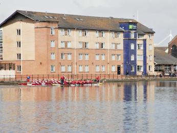 Photo of Holiday Inn Express Cardiff Bay