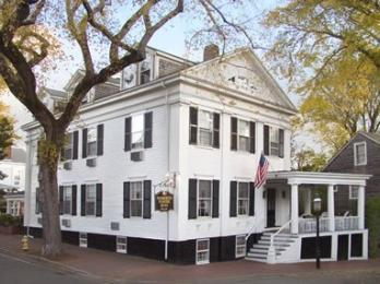 Photo of Roberts House Inn Nantucket