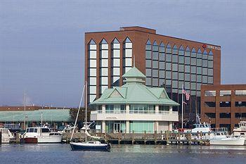 Photo of Crowne Plaza Hampton Marina
