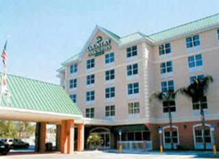 Photo of Country Inn & Suites Orlando Universal