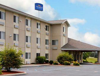 Baymont Inn & Suites Howell