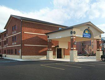 ‪Days Inn And Suites Jeffersonville‬