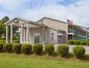 Rockmart Day Inn