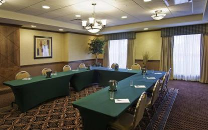 Homewood Suites Cleveland-Beachwood