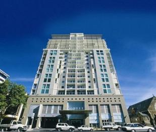 Photo of Oaks Embassy Apartment Hotel Adelaide