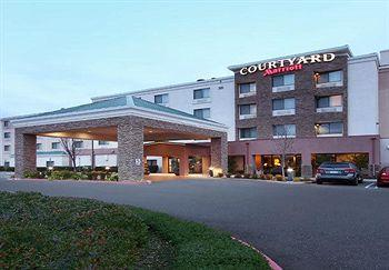 Photo of Courtyard by Marriott Roseville Galleria Mall/Creekside Ridge Drive
