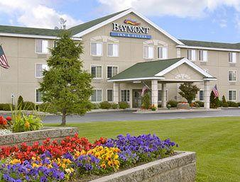 ‪Baymont Inn Mackinaw City‬