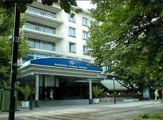 Danube Plaza Hotel